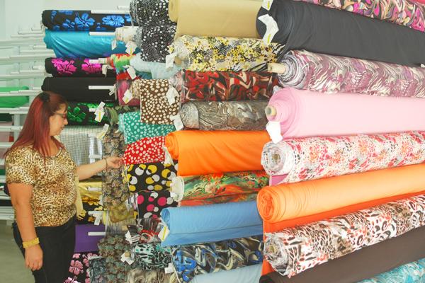 Almacenes de telas al por mayor cheap almacenes de telas - Telas tapiceria madrid ...