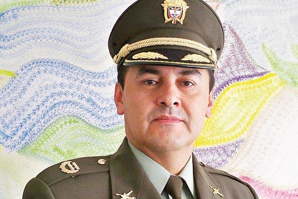 Coronel Enriqu: Teniente Coronel Luis Enrique Roa La Crónica Del Quindío