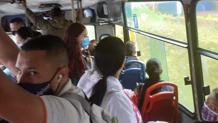 Buses: incumplimiento del distanciamiento