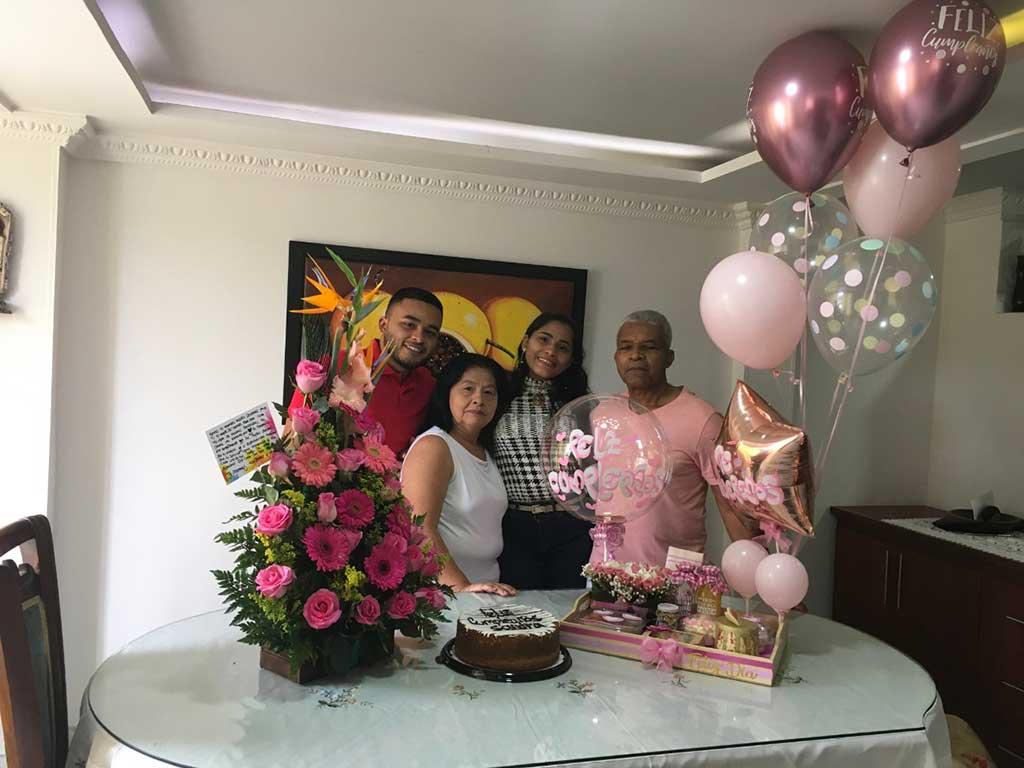 Sandra celebró un año más de vida en familia