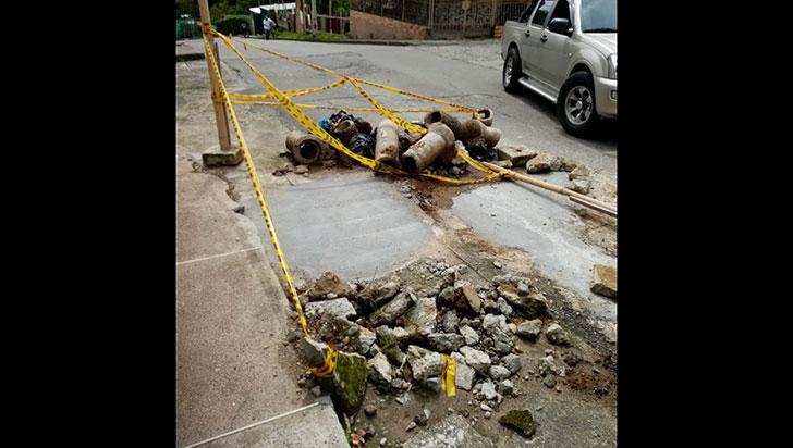 La mala  e inculta costumbre de dejar tirados escombros de las obras