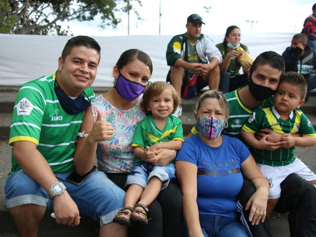 La fiesta del fútbol profesional regresó al Centenario