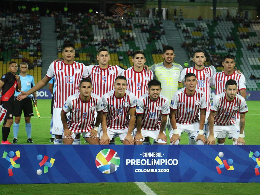 Tercera fecha del grupo B en el Centenario: Perú 3 - Paraguay 2