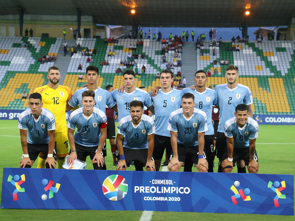 Tercera fecha del grupo B en el Centenario: Bolivia 3 - 2 Uruguay