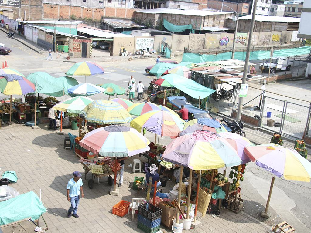 Comerciantes de perecederos piden remodelación de la Placita