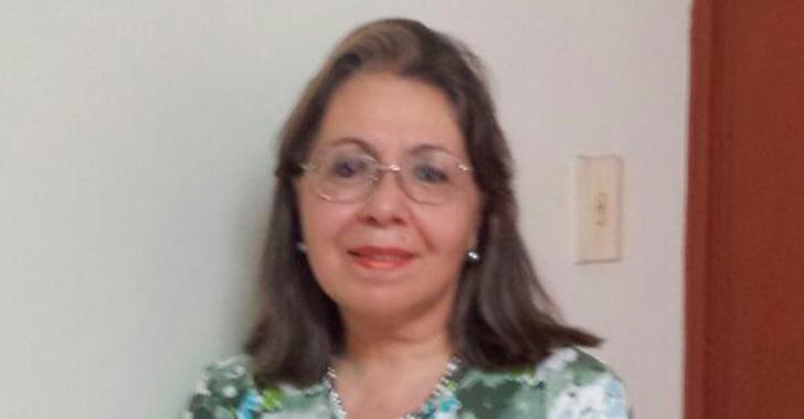 Cristina Maya Gallego,  premio nacional de poesía de la Casa Silva