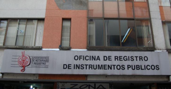 Fiscal a imput a exregistradora de instrumentos p blicos for Oficina registro