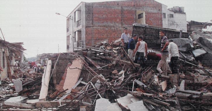 Fotos del terremoto en armenia colombia 42