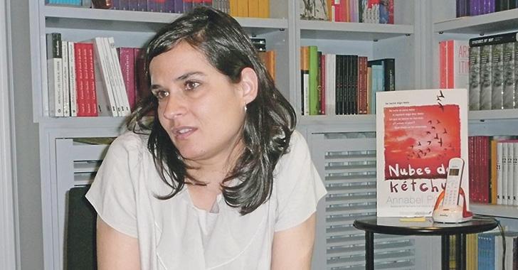 La ligereza me aburre: Carolina Sanín