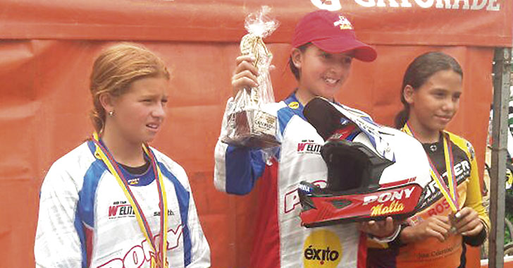 Silvana Muñoz, 1 y 2 en válidas por los nacionales de BMX