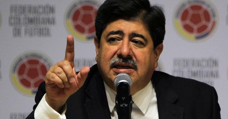 Por caso 'Fifagate', Luis Bedoya suspendido de por vida del fútbol