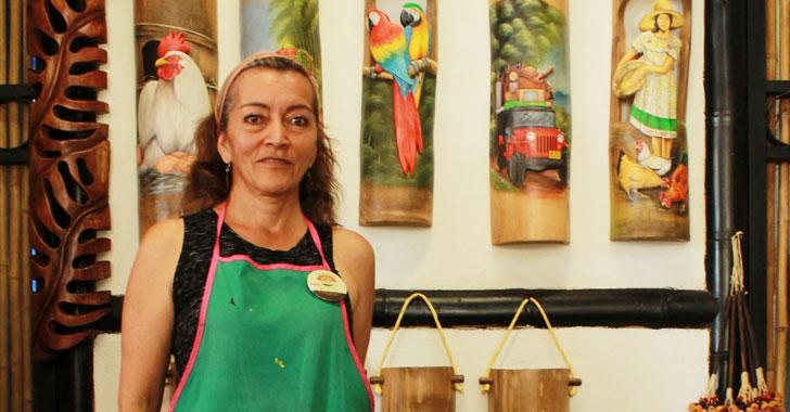 En Quimbaya, única aldea del artesano que teje sueños