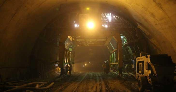 [En imágenes] Visita técnica a las obras del túnel de La Línea