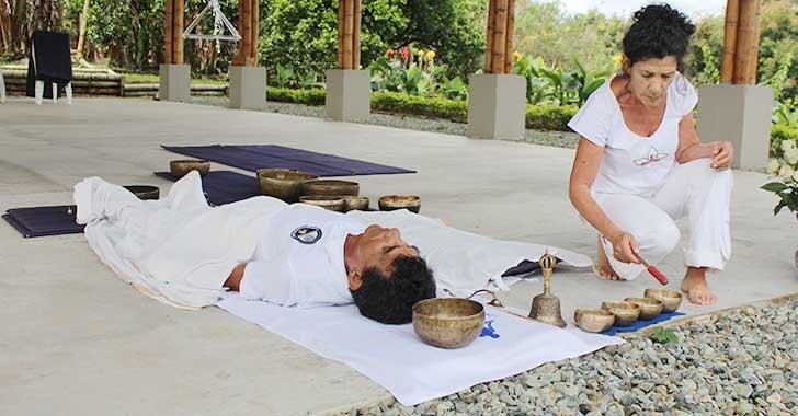Cuencos tibetanos, terapia alternativa