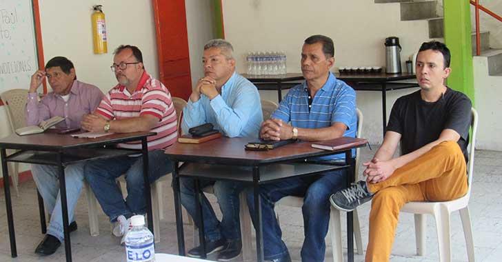 Por seguridad I.E San Vicente pide cerramiento con muros