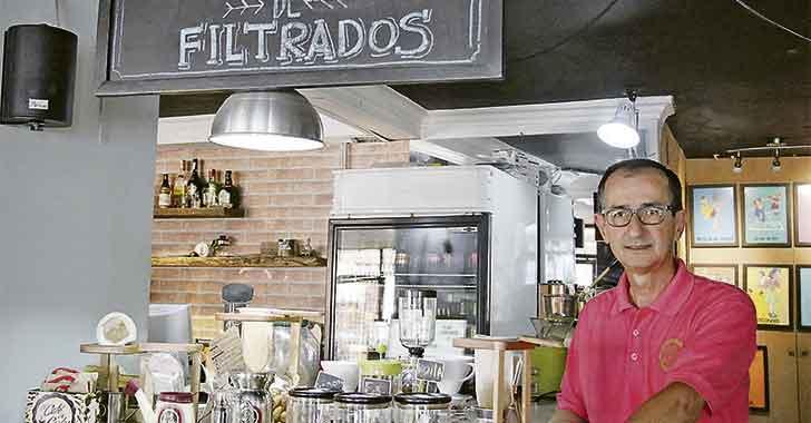 El Café de Carlos le apuesta a rescatar  la manera tradicional de preparar café