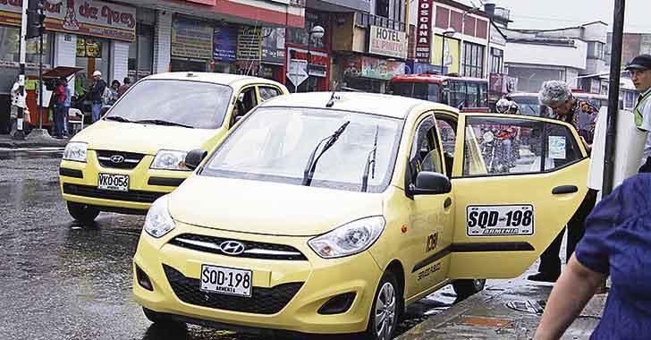 Taxistas ya están autorizados para cobrar incremento en la 'mínima'