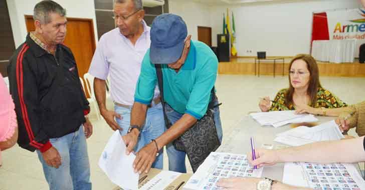 Los abuelos de Armenia eligieron sus representantes