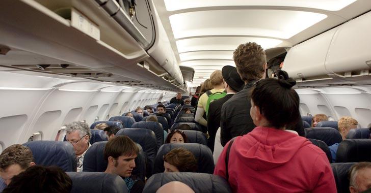 Viajeros frecuentes de avión enfrentan un riesgo cada vez mayor de radiación espacial