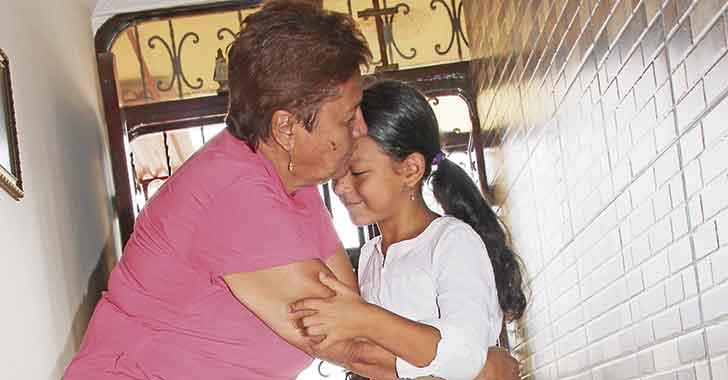 Abuelas que son mamás de sus nietos