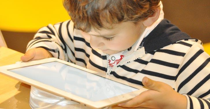 En 2025, 9 de cada 10 menores tendrían problemas visuales por abuso de dispositivos móviles