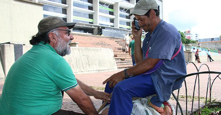 Don Marcial, el hombre que recibió galardón de la ONU por su trabajo con habitantes de calle