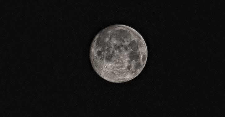 Científicos hallan nuevas evidencias de agua en el interior de la Luna