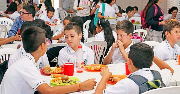 "Alcalde denunció ""sabotaje"" en alimentos escolares de Armenia"