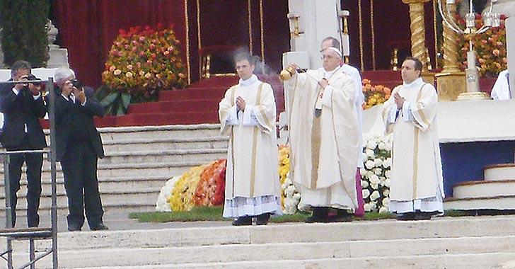 850 santos ha proclamado el papa Francisco