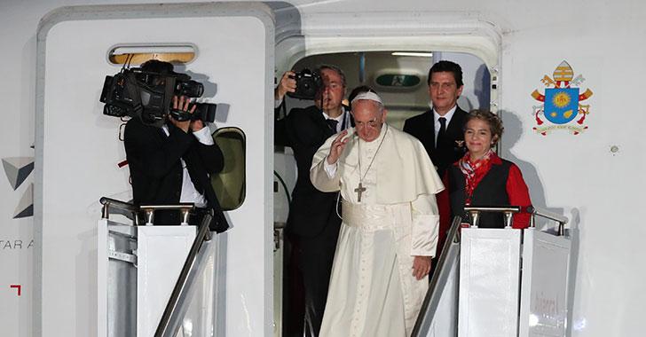 El papa se despidió de Colombia con consejos sobre el proceso de paz
