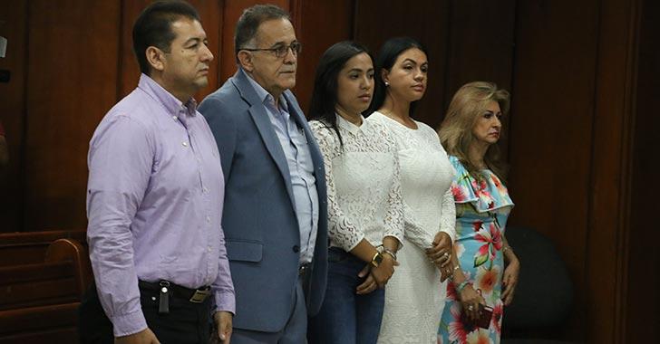 """Por """"falta de tiempo"""", aplazada audiencia contra diputados"""