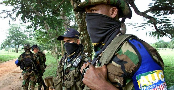 32 exparamilitares, condenados a 8 años de prisión por cerca de 1000 delitos