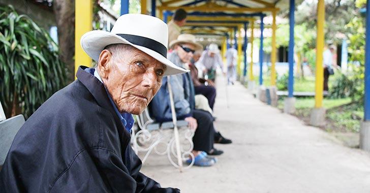 En Quindío, más del 82% de adultos mayores no accede a pensión