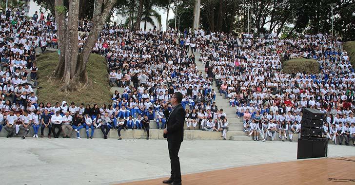 Uniquindío socializó programas con más de 2.400 estudiantes de 11°