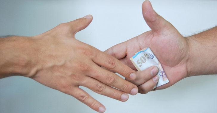El 61 % de colombianos cree que nivel de corrupción ha crecido, según estudio
