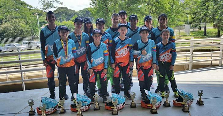 Siete oros para el Quindío en nacional de BMX