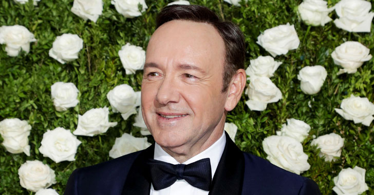 Ola de críticas a Kevin Spacey, actor de House of Cards, por su forma de 'salir del closet'