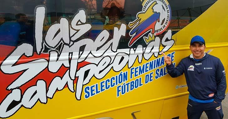 Un quindiano está con Colombia femenina que irá al mundial de futsalón