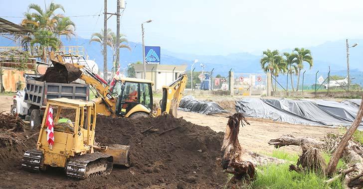 Avanzan obras de ampliación de plataforma de parqueo de El Edén