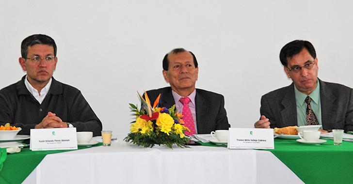 """Uniquindío, """"por buen camino  hacia la acreditación de alta calidad"""""""