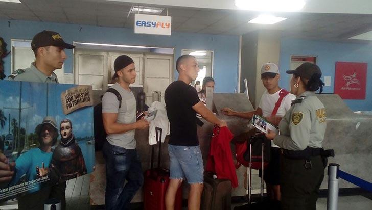 En el aeropuerto, Policía le apuesta a la prevención de toda clase de ilícitos