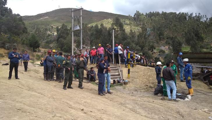 Al menos tres muertos y seis atrapados tras explosión en una mina en Boyacá