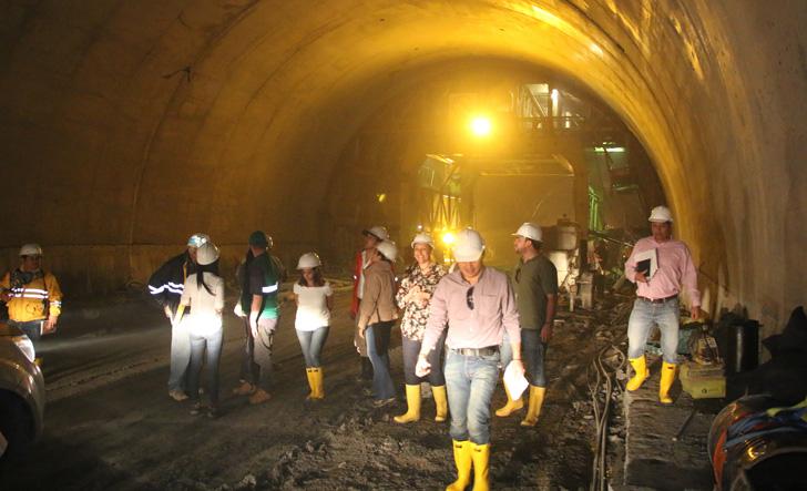 Más de 300 vacantes para laborar en las obras del túnel de La Línea