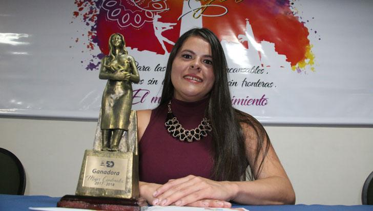 Johana Grajales, mujer Comfenalco 2017 – 2018