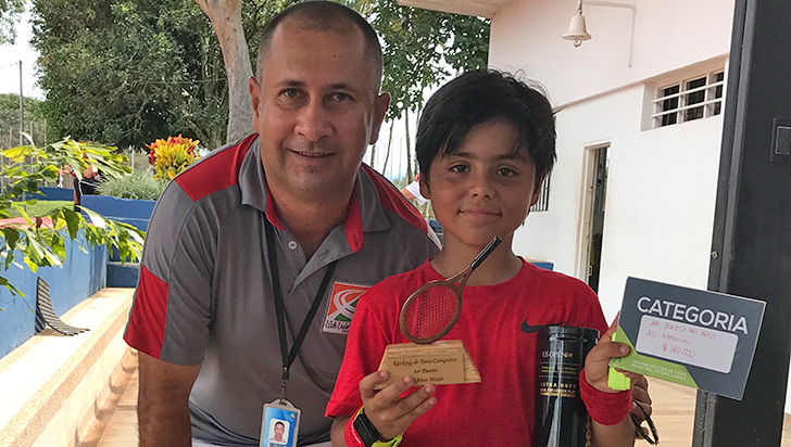 Eduardo Jaramillo Ríos, se perfila como figura del tenis del Bolo Club