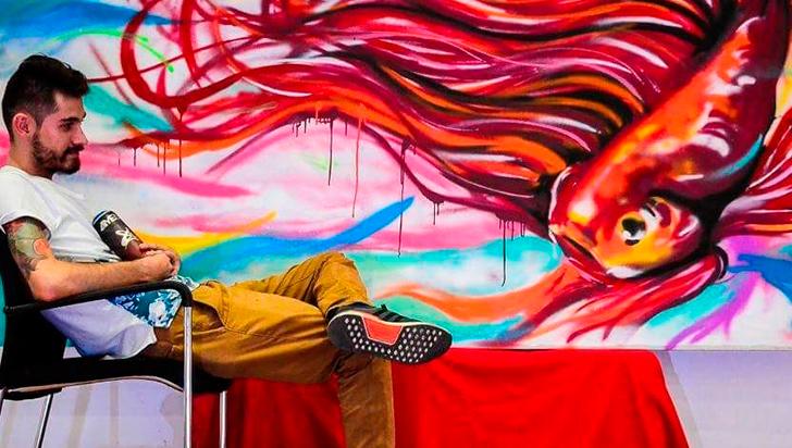 Quindiano Andrés Skull y sus murales, en Ecuador