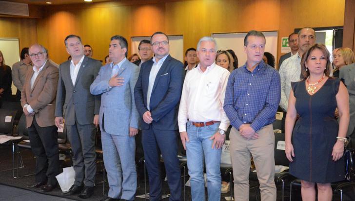 En febrero, gobernadores del Eje esperan tener aprobación para conformar RAP