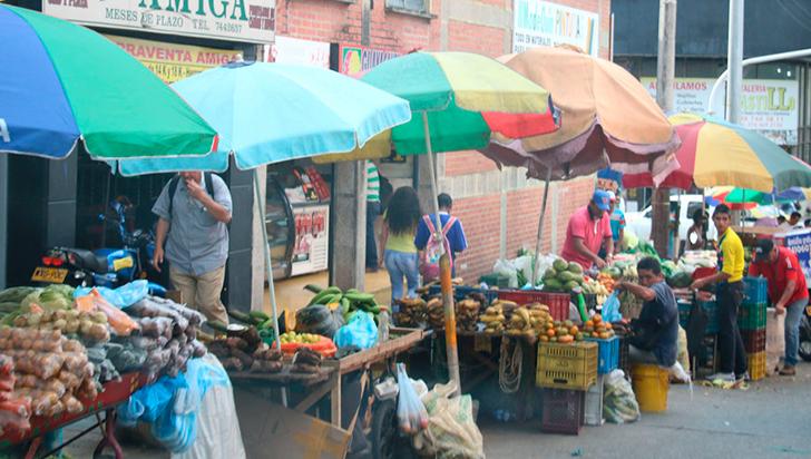 Para evitar sanciones, Ciudadanos deberán exigir licencias a vendedores en las calles: Gobierno