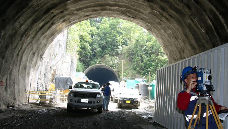 """""""Contrato de equipos electromecánicos del túnel es corrupto"""": Carlos Collins"""