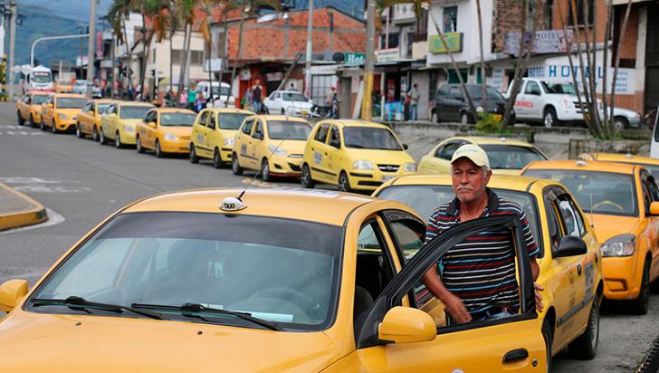 A partir de este martes, taxistas podrán recibir prima voluntaria por parte de los usuarios